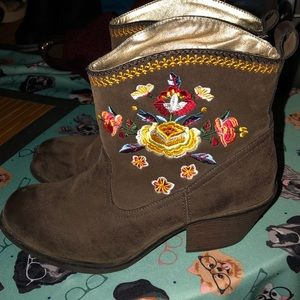 Rocket Dog cowgirl boots